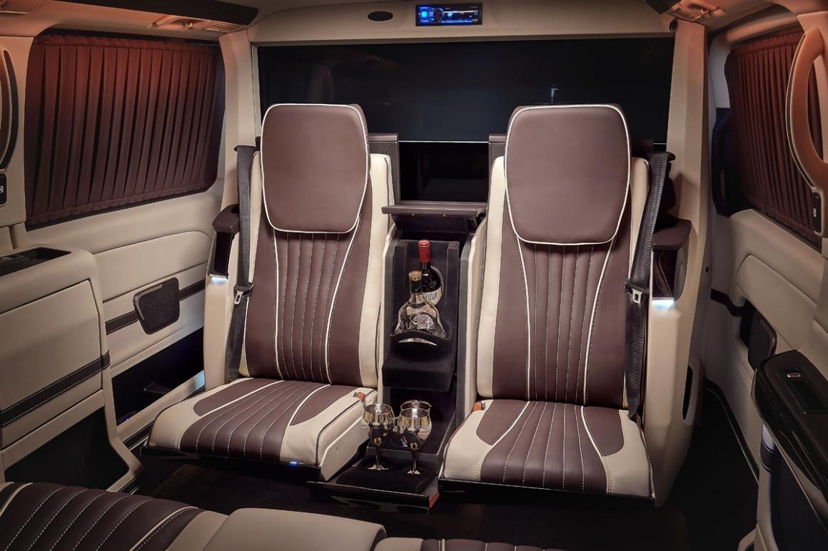 Mercedes V-Class VIP салон на 4-х человек