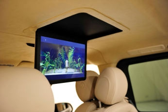 Mercedes V-Class Brabus потолочный монитор